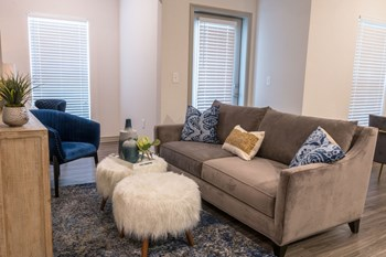 3741 Post Oak Blvd 1-3 Beds Apartment for Rent Photo Gallery 1