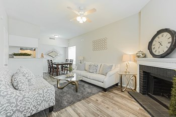 401 Mcdermott St 2 Beds Apartment for Rent Photo Gallery 1