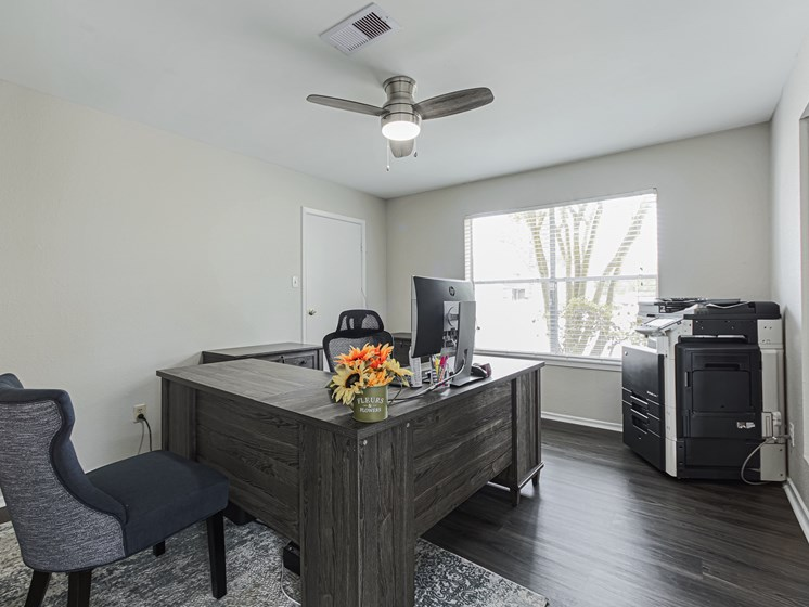 pearland texas apartment community