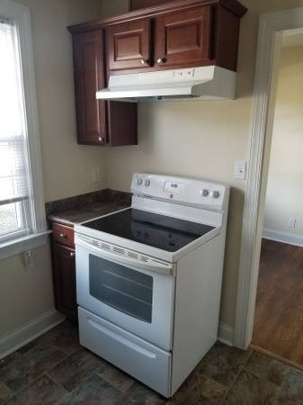 1902 New Bern Avenue 2 Beds Apartment for Rent Photo Gallery 1
