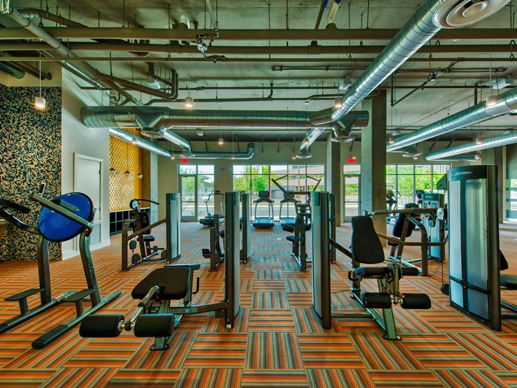 Fitness Center With Modern Equipment at Centra Midtown Phoenix, Phoenix, 85012