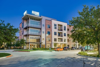 4216 Sloane St. 1-3 Beds Apartment for Rent Photo Gallery 1