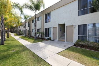 1440 2ND AVENUE 1-3 Beds Apartment for Rent Photo Gallery 1