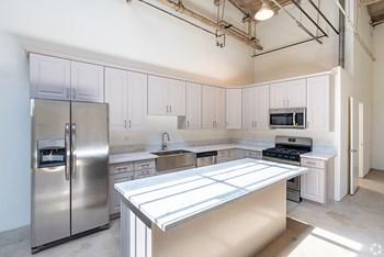 2349 S. Sante Fe Avenue #B Studio Apartment for Rent Photo Gallery 1