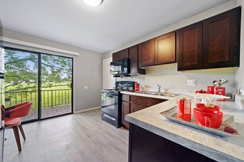 148 Gladstone Dr #101 2 Beds Apartment for Rent Photo Gallery 1