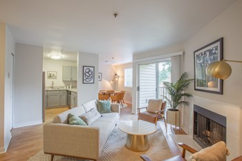 12200 SE Mcloughlin Boulevard 1 Bed Apartment for Rent Photo Gallery 1