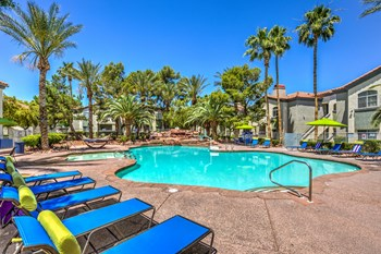 4800 E Tropicana Ave 1-2 Beds Apartment for Rent Photo Gallery 1