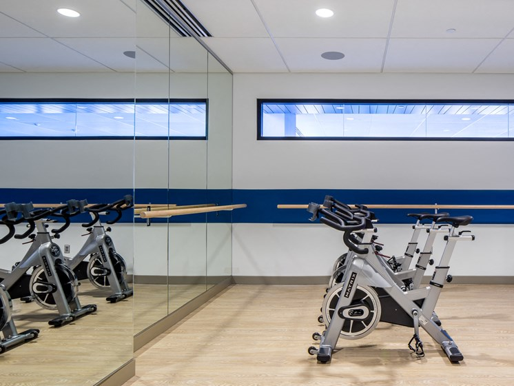 fitness center-cycles