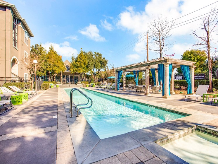 Fabulous Resort Style Pools at The Gio, Texas