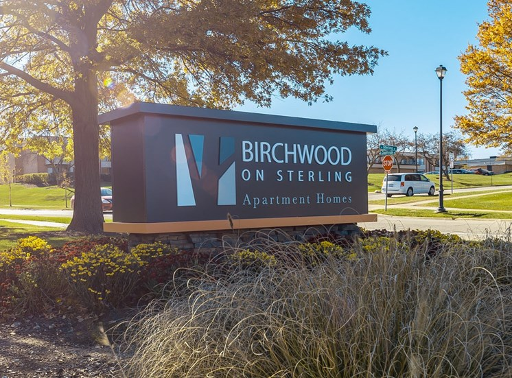 birchwood entrance signage