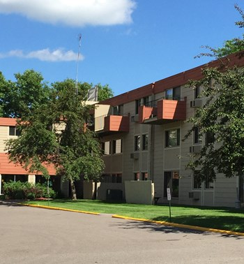 1276 Wilson Ave 1-2 Beds Apartment for Rent Photo Gallery 1