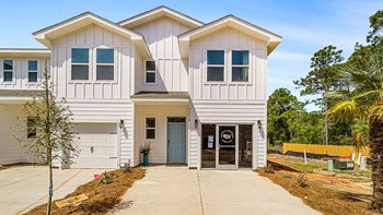 24804 Gulf Stream Circle 3 Beds Townhouse for Rent Photo Gallery 1