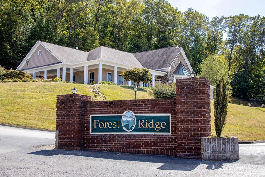 Front Entrance To Property at Forest Ridge Apartments, Knoxville, 37931