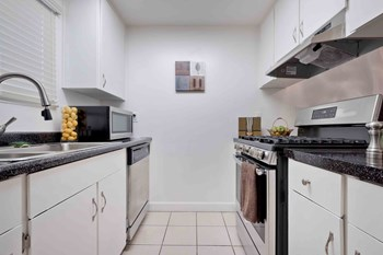 27475 Hesperian Blvd. 1 Bed Apartment for Rent Photo Gallery 1