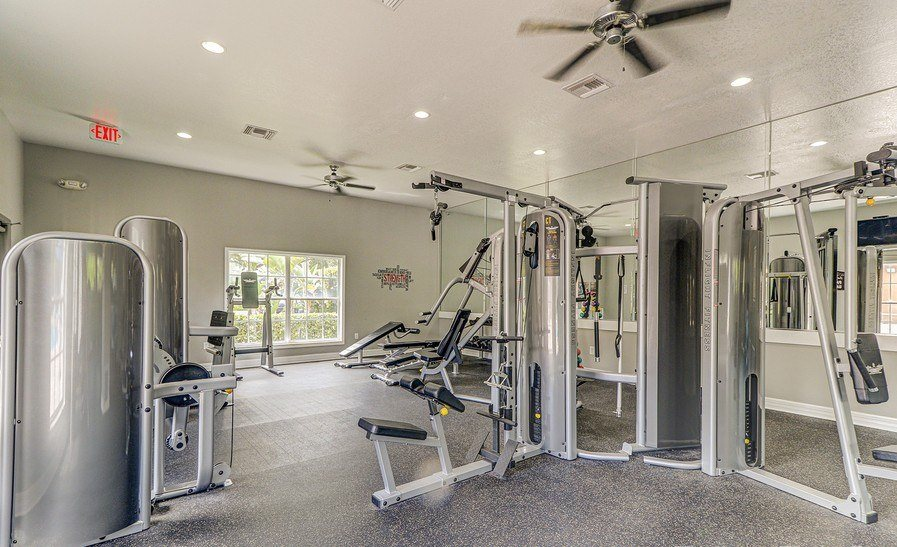 Fitness Center With Modern Equipment at Plantation Gardens Apartments, Pinellas Park, Florida