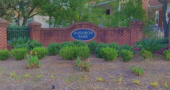 1700 Eagle Landing Blvd 1-3 Beds Apartment for Rent Photo Gallery 1
