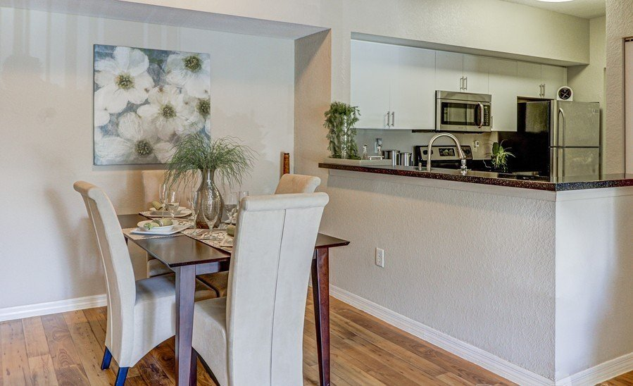 Dining Place Around Kitchen at Plantation Gardens Apartments, Florida
