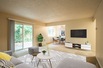 865 NE 122Nd Avenue 1-2 Beds Apartment for Rent Photo Gallery 1