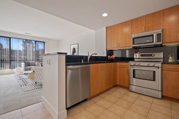 900 Reichert Ave. 1-3 Beds Apartment for Rent Photo Gallery 1