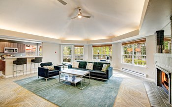 19701 112Th Ave NE 1 Bed Apartment for Rent Photo Gallery 1