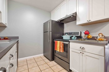 22281 Center St. 1-2 Beds Apartment for Rent Photo Gallery 1