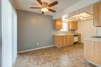 3030 W Acacia Avenue 1 Bed Apartment for Rent Photo Gallery 1