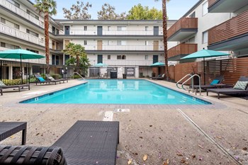 1212 Whipple Ave Studio-2 Beds Apartment for Rent Photo Gallery 1
