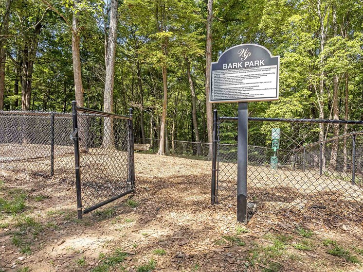 Leash-Free Pet Park