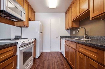 1324 S Winchester Blvd Studio-2 Beds Apartment for Rent Photo Gallery 1