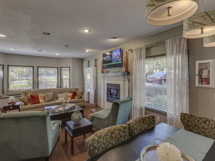 Clubroom With Smart TV at Cedar Crest, Oregon