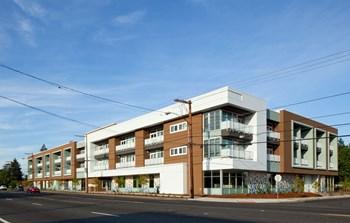 124 NE 181St Street Studio Apartment for Rent Photo Gallery 1