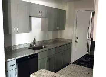 1800 NW 4Th Street 2-3 Beds Apartment for Rent Photo Gallery 1
