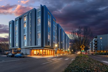 4111 NE Martin Luther King Jr Blvd 1 Bed Apartment for Rent Photo Gallery 1