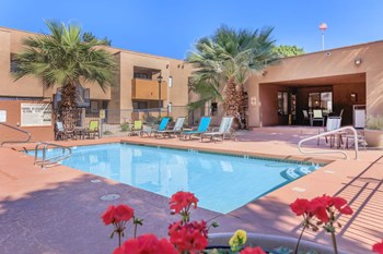 6801 West Ocotillo Rd 1-2 Beds Apartment for Rent Photo Gallery 1