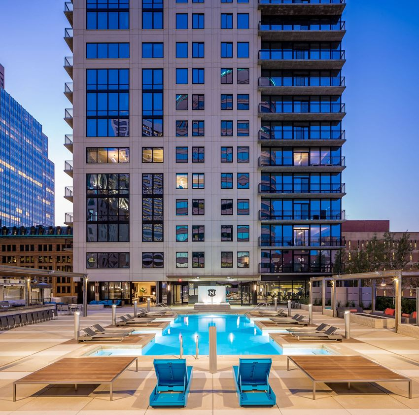 pool deck at the nic of fifth