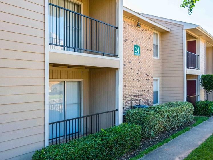 Apartments in Longview, TX building
