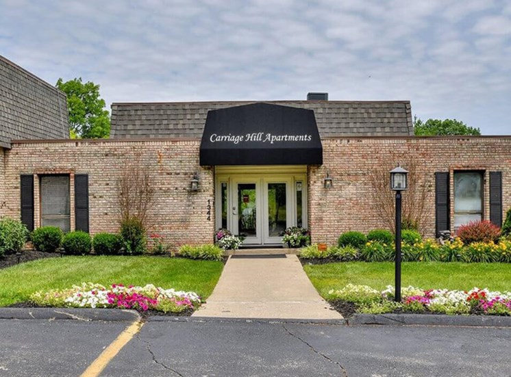 leasing office at Carriage Hill apartments