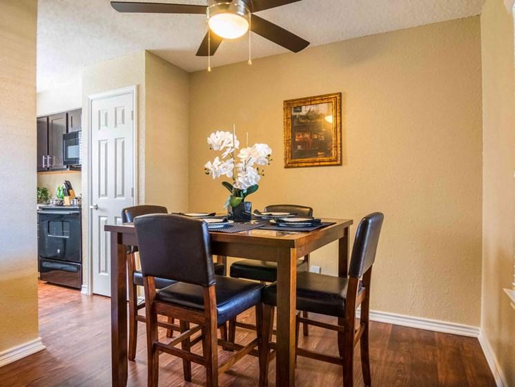 Apartments in Longview, TX dining