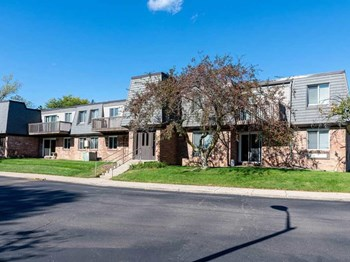 1846 Hamilton Road 2 Beds Apartment for Rent Photo Gallery 1