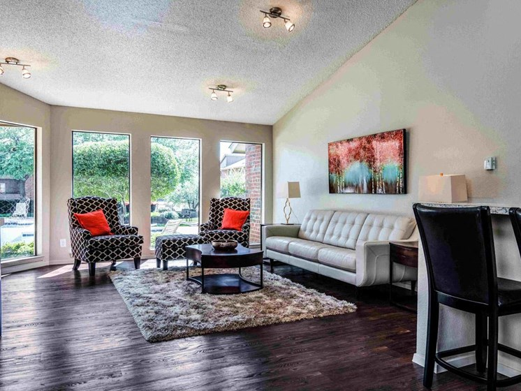 Apartments in Longview, TX living room