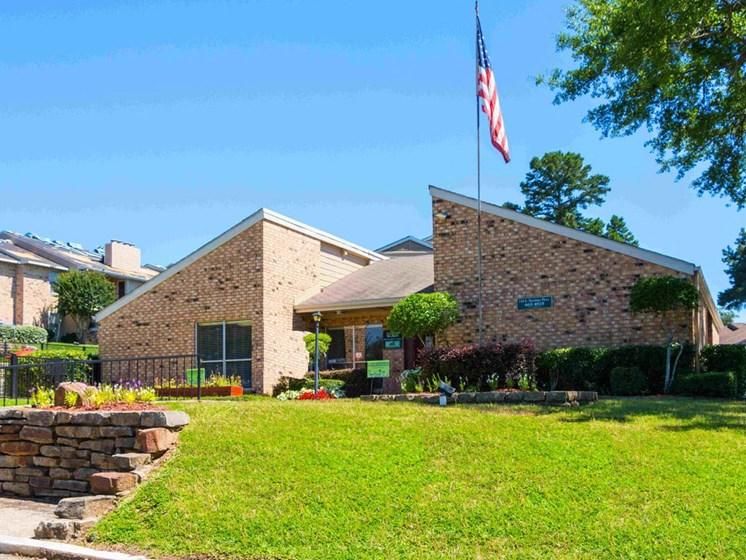 Apartments in Longview, TX leasing office