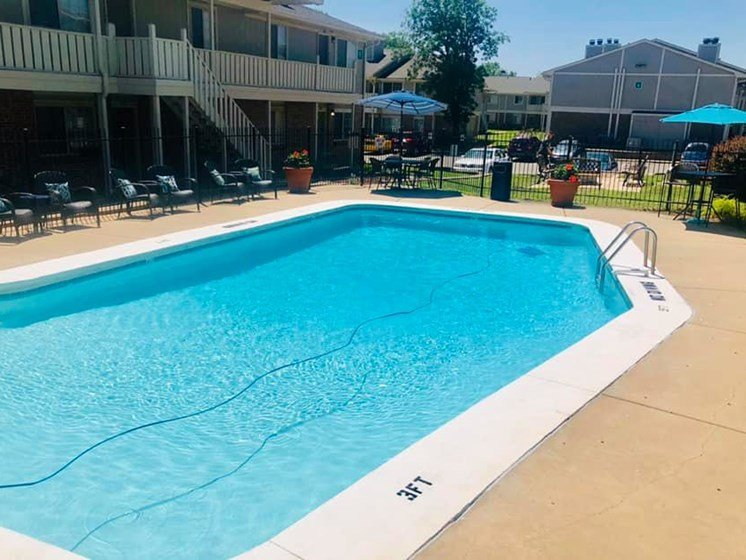Swimming pool at Hearth Hollow Apartments in Derby, KS