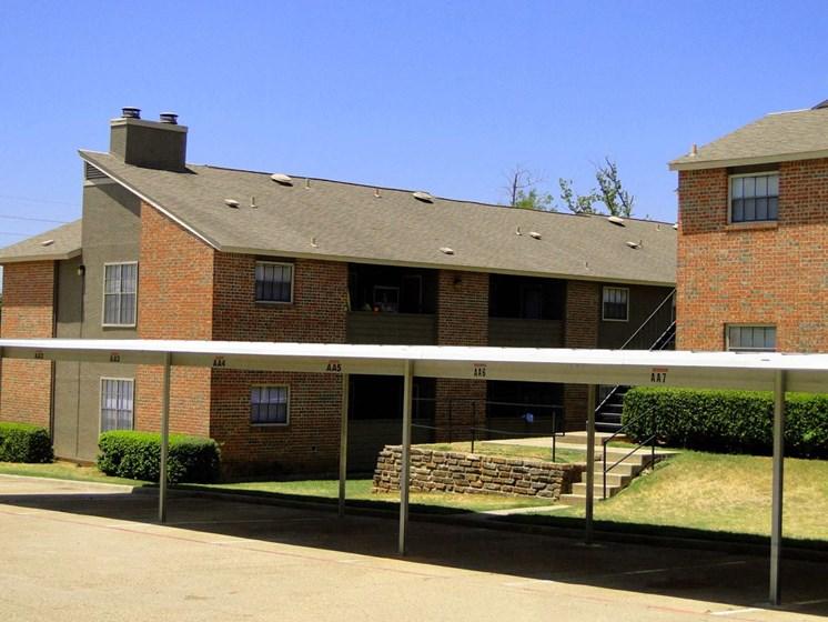 Apartments in Longview, TX carport