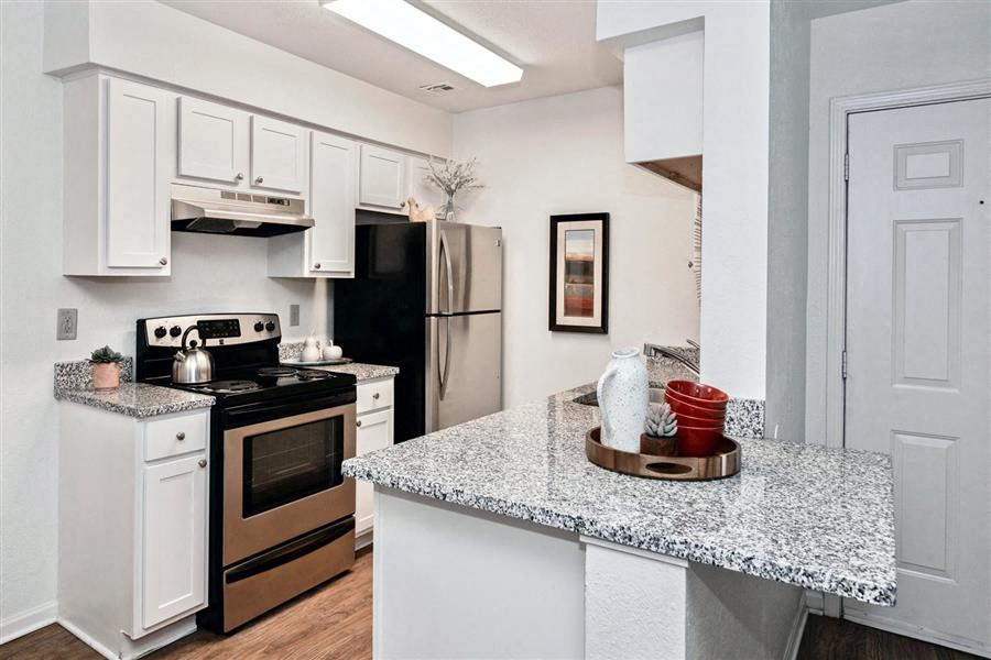 Village Woods | Apartments in Milan, IL