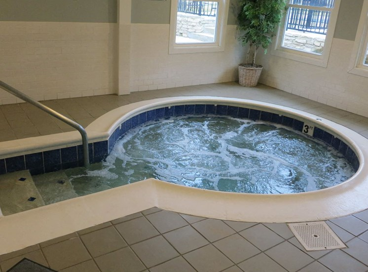 Apartments in Kettering, Ohio Hot Tub