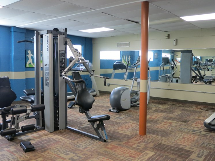 clean fitness center at Waterstone Place apartments