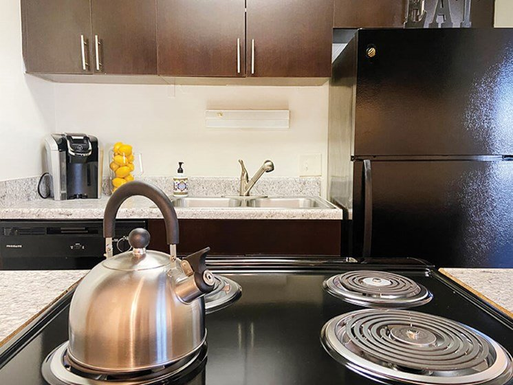fully equipped kitchens at WIlmington NC apartments