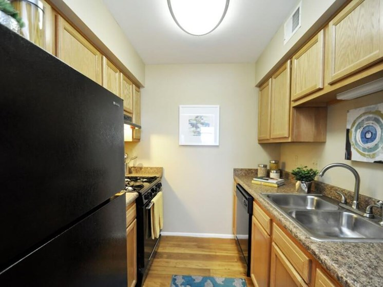 Kitchen in Pavilion Lakes Apartments