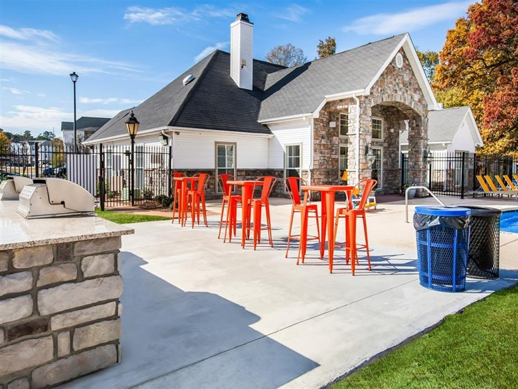 grill area at carvers fall apartments