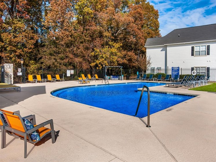 swimming pool at apartments in Fayetteville nc